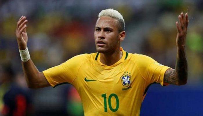 Neymar deu assistência no primeiro gol e marcou o segundo. Foto: Paulo Whitaker/Ag. Reuters.