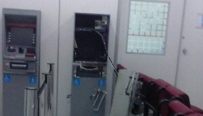 Policias encontraram explosivos no local. Foto: aratuonline.com.br