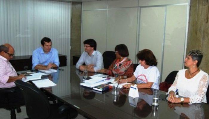 Prefeitura apresenta proposta aos professores. Foto: APLB-BA.