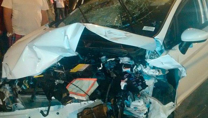 Pessoas que estavam nos carros também se machucaram. Foto: Blog Rodrigo Ferraz.