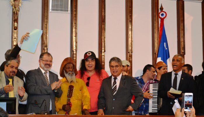 Tradições nordestinas tomaram conta do plenário. Foto: Núbia Passos.