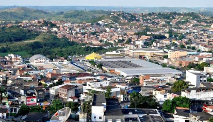 Município fica na Região Metropolitana de Salvador. Foto: candeiascidadedasluzes.blogspot.com.br.