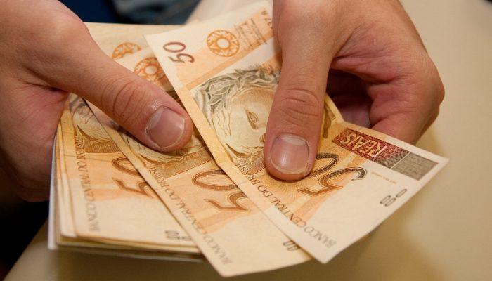 Benefício entra como um salário inteiro além dos 12 meses já pagos. Foto: financasforever.com.br.
