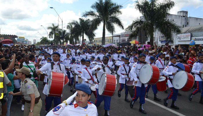 Desfile Cívico em Feira de Santana. Foto: Olá Bahia
