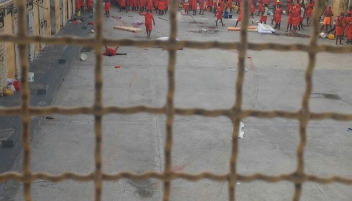 Rebelião deflagrada em 24 de maio deste ano resultou na morte de nove internos. Foto enviada pelo WhatsApp.