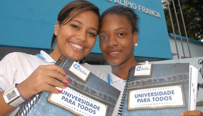 O programa é voltado para estudantes que concluíram o ensino médio na rede pública de ensino municipal e/ou estadual [da Bahia] ou irão concluir em 2015. Foto: Secom-BA