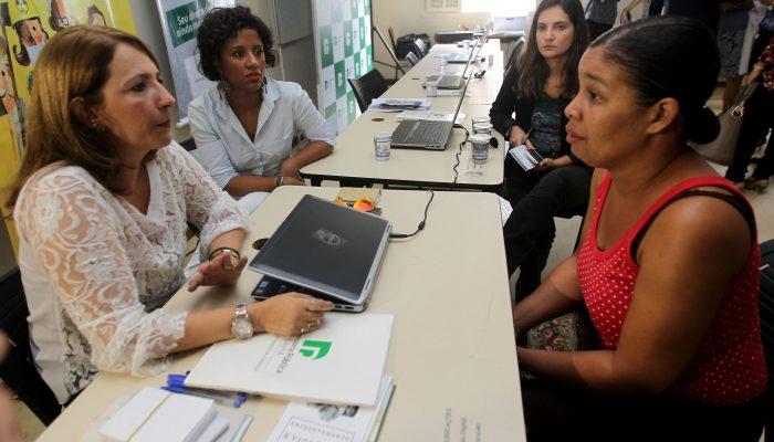 Ações da Defensoria Pública na Base do Calabar  Na foto: Nirlene Ferreira, comerciante e moradora do Calabar  Foto: Elói Corrêa/GOVBA