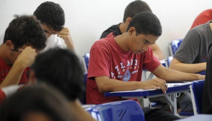 O estudante é selecionado quando a documentação é aprovada (Foto: Reprodução /  Wilson Dias/ABr)