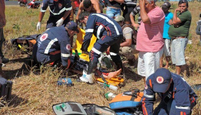 Criança morre em acidente na BR-020, na Bahia (Foto: Edivaldo Braga/blogbraga)