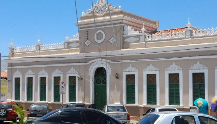 A OAB também denuncia que o prefeito encaminhou um Projeto à Câmara de Vereadores para legalizar o desvio de função. (Foto Ilustração)