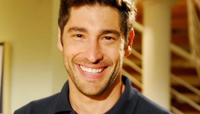 Victor Pecoraro  vive o personagem Ikeni na novela 'Os Dez mandamentos'. Foto: Reprodução/R7